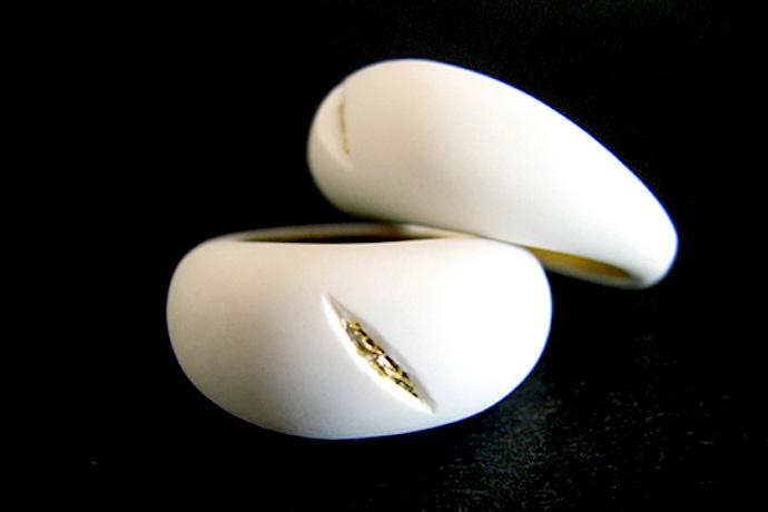 Oroko ring by Noam Bar Yochai
