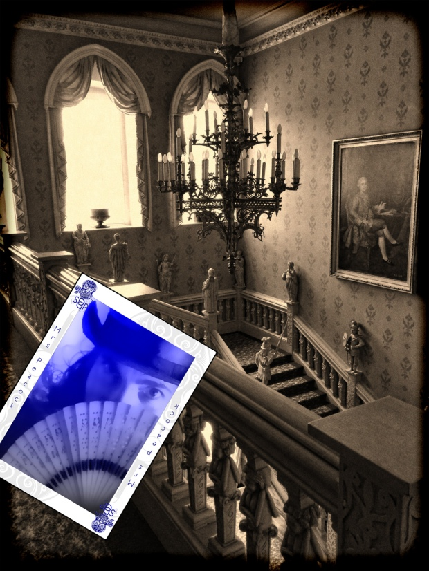 Clue - Mrs Peacock in the Hallway