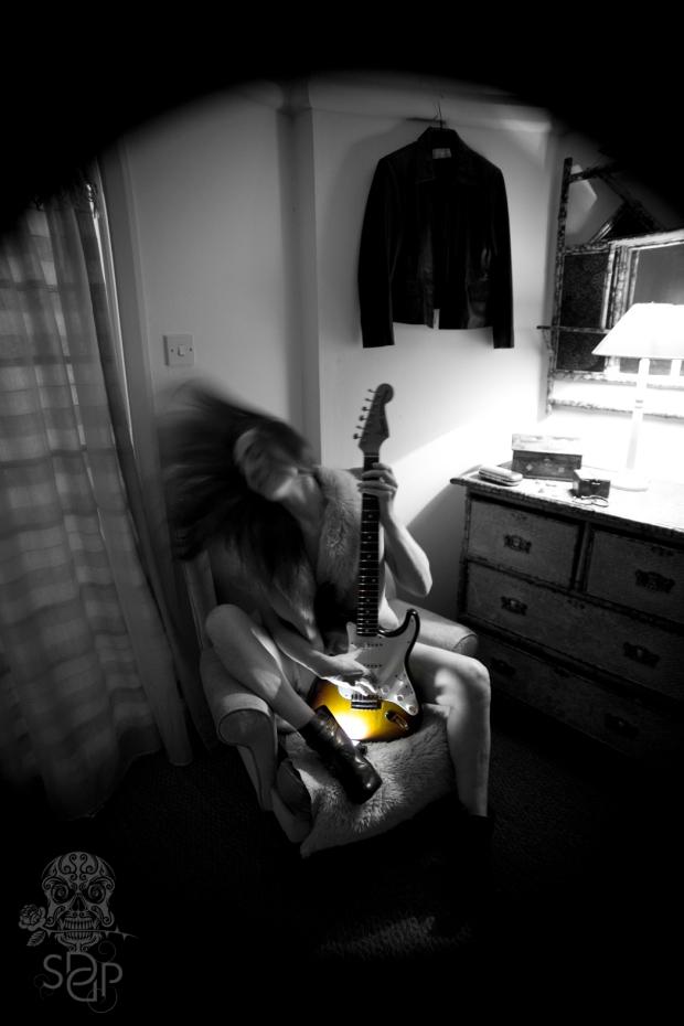 Fender Stratosphere - simplified